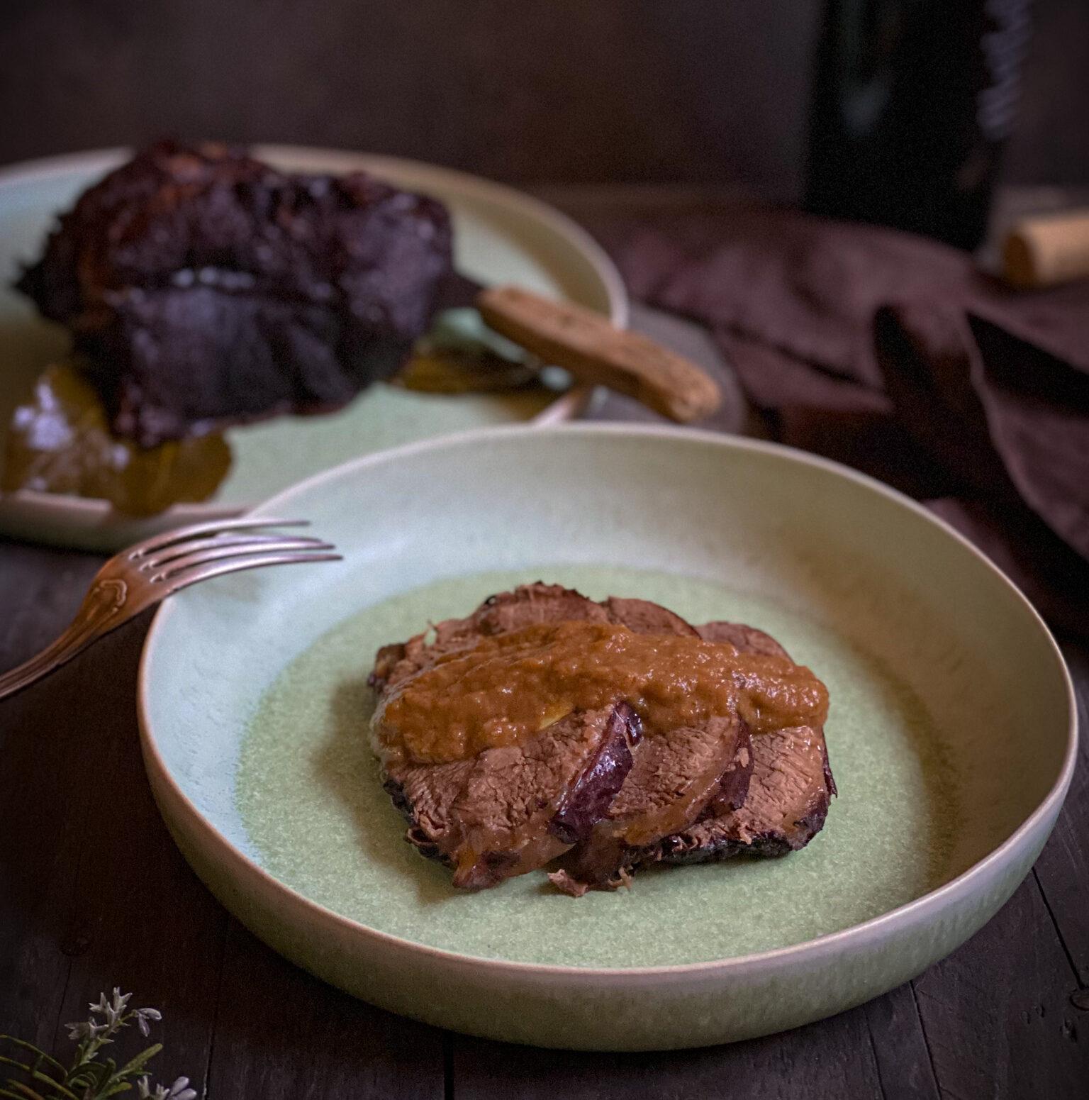 Brasato al Barolo: l'arte dello slow cooking