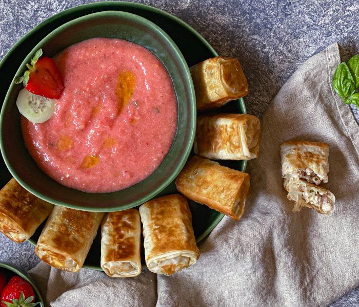 Involtini di pollo alla greca con gazpacho alle fragole